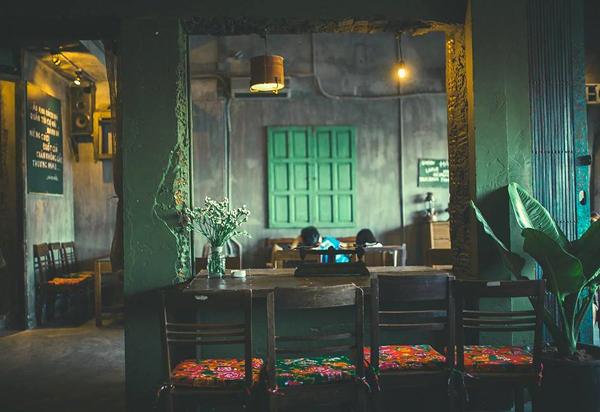 cafe cong da nang