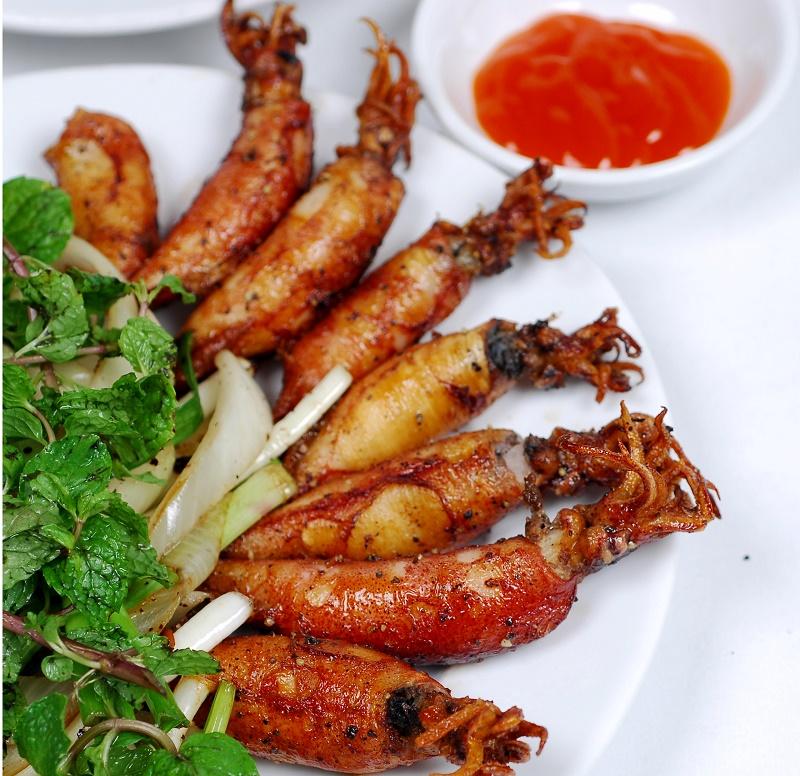 Da Nang Seafood Trail, danang seafood, danang food, danang food tour, danang foodie tour, vietnam. 岘港Seafood Trail