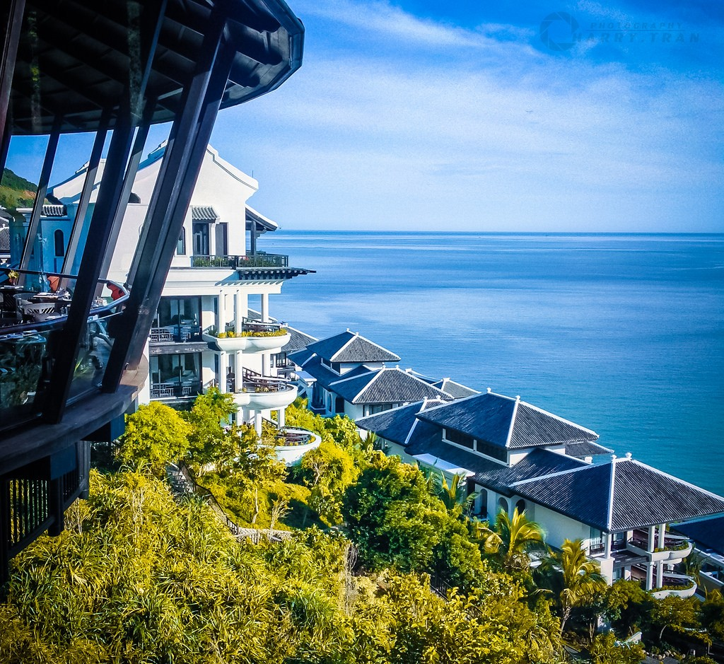 Top 10 Luxury Escape Resort In Da Nang, Intercontinental Da Nang Sun Peninsula Resort