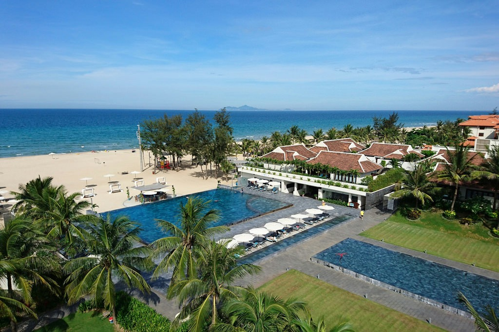Top 10 Luxury Escape Resort In Da Nang, Pullman Da Nang Beach Resort