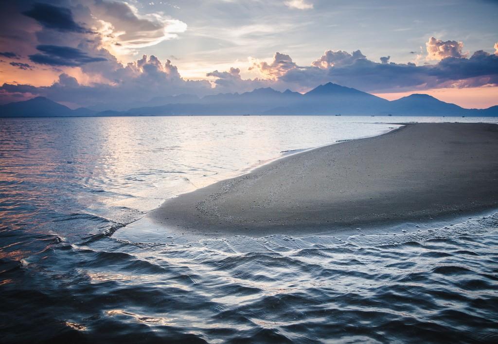 Best 9 Da Nang Beaches Not To Miss, Thanh Binh Beach