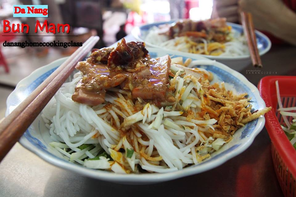 top 20 food to eat in Da Nang