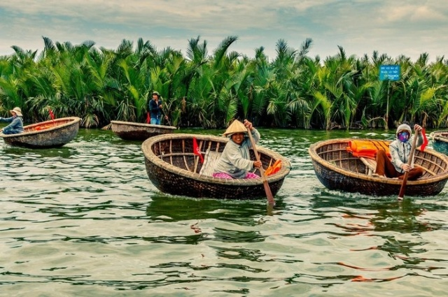 Coconut Basket Boats Tour Hoi An