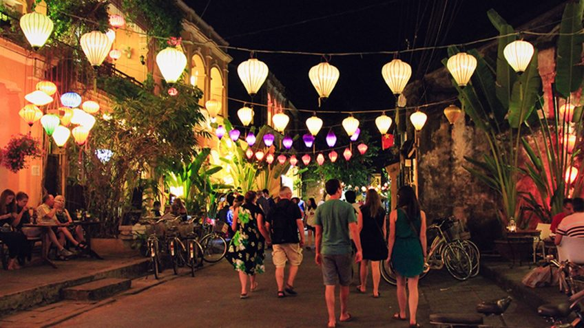 Marble mountain and hoi an half day tour