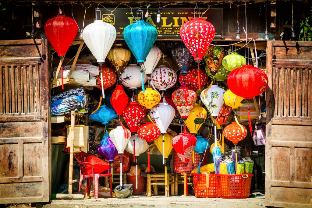 hoi an city and lantern making class