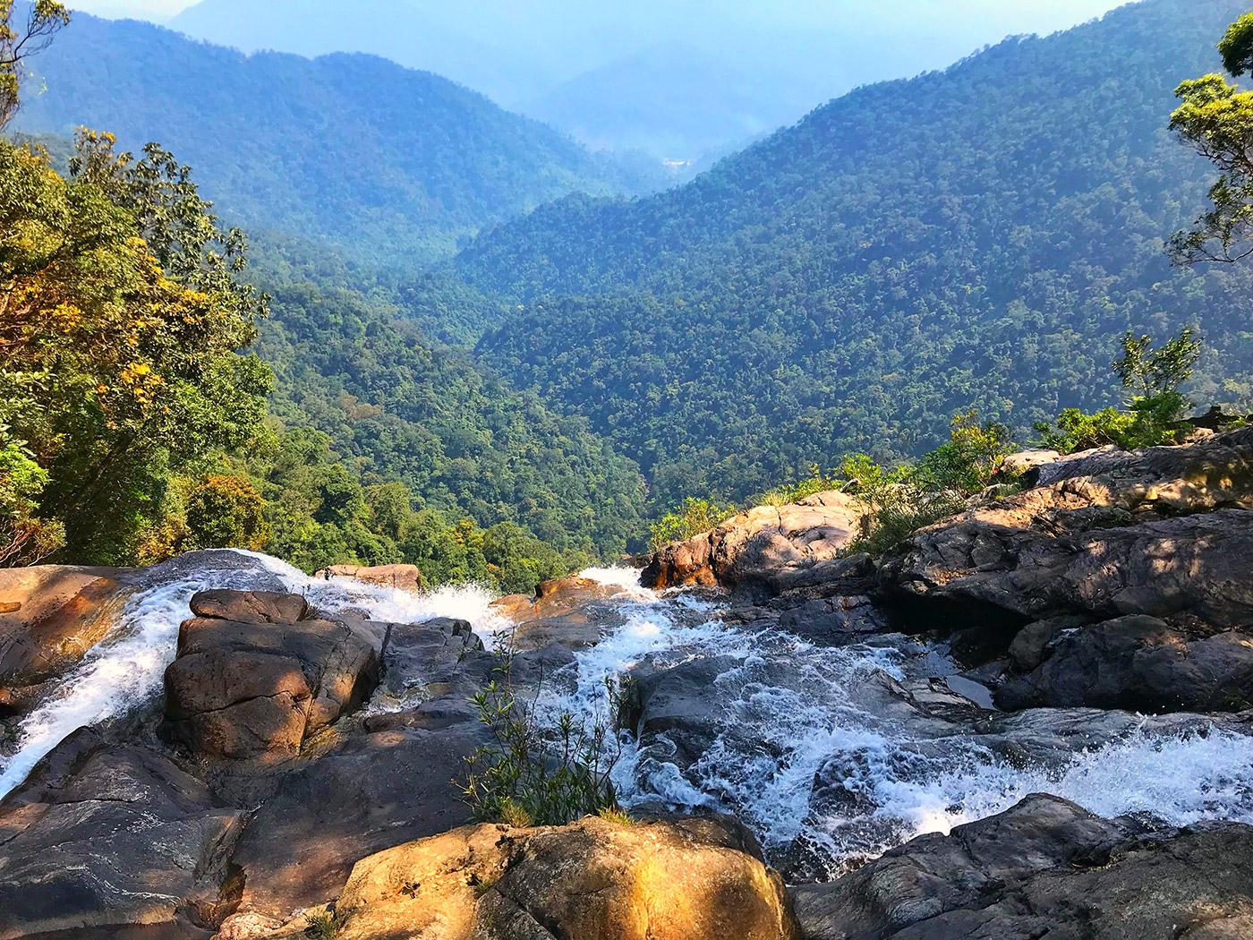 bach ma trekking from da nang