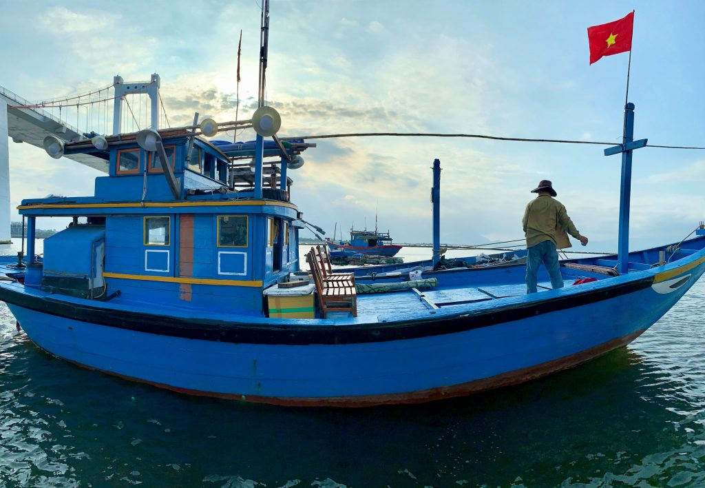fishing tour in da nang